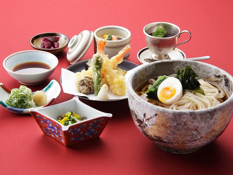 天ぷらと稲庭風うどん御膳