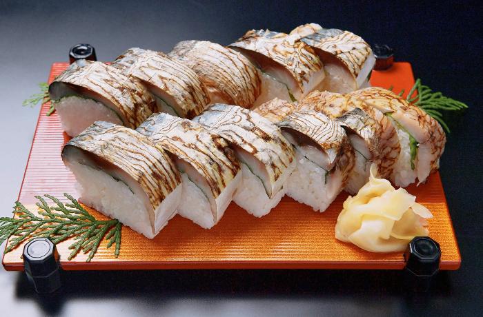 鯖ばってら寿司
