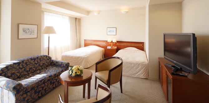 ホテルクラウンパレス小倉の客室「デラックスツインルーム」