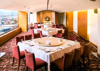 八代グランドホテルのスカイホール「クラウン」パーティー形式2