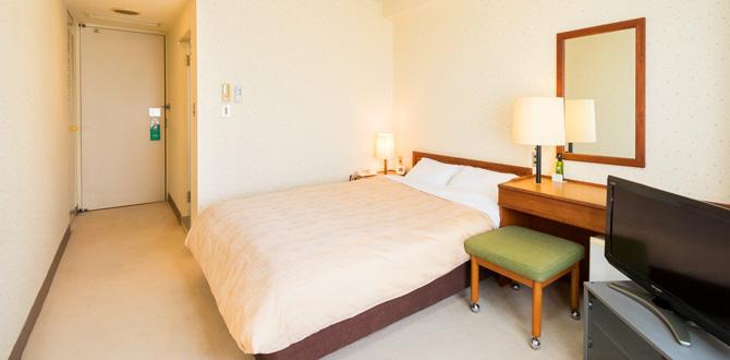八代グランドホテルの客室「ダブルルーム」